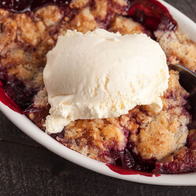 nudefruit-four-very-bare-berry-crisp